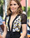 Sophia-Bush-Extra-TV-016.jpg