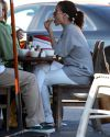 Sophia-Bush-Lunch-with-her-parents_002.jpg