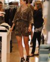 Sophia-Bush-at-the-Switch-boutique-in-Beverly_Hills_021.jpg