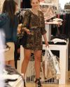 Sophia-Bush-at-the-Switch-boutique-in-Beverly_Hills_028.jpg