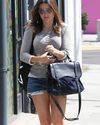 Sophia-Bush-Shopping-West-Hollywod_16_HQ.jpg