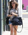 Sophia-Bush-Shopping-West-Hollywod_19_HQ.jpg