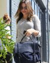 Sophia-Bush-Shopping-West-Hollywod_61_HQ.jpg