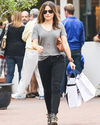 Sophia-Bush-Shopping-Fred-Segal_02_HQ.jpg