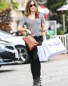 Sophia-Bush-Shopping-Fred-Segal_06_HQ.jpg