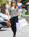 Sophia-Bush-Shopping-Fred-Segal_08_HQ.jpg