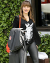 Sophia-Bush-Shopping-01.png