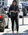 Sophia-Bush-rues-Beverly-Hills_006_HQ.jpg