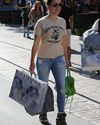 Sophia-Bush-Shopping-a-TopShop_011_HQ.jpg