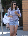 Sophia-Bush-rues-West-Hollywood-005_t.png