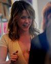 Sophia-Bush-Dans-Los-Angeles-26.png