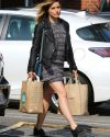 Sophia-Bush-Whole-Foods-West-Hollywood_008.jpg