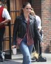 Sophia-Bush-leaving-her-hotel_007.jpg