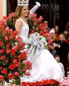 Sophia-Bush-111th-Tournament-of-Roses-Parade-002.jpg