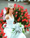 Sophia-Bush-111th-Tournament-of-Roses-Parade-003.jpg
