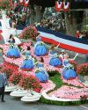 Sophia-Bush-111th-Tournament-of-Roses-Parade-007.jpg