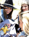 27-Mai-2018-Sophia-Bush-in-Telluride-Colorado_008.png