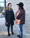 2016-11-10-Sophia-Bush-Chicago-PD-set_lizzieelise02.png