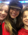 2017-03-23-Sophia-Bush-Blackhawks-Game___ashleyyy19__.png