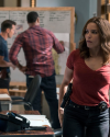 Sophia-Bush-Chicago-PD-4x05-A-War-Zone_001.png