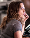 Sophia-Bush-Chicago-PD-4x06-Skin-In-The-Game_002.png