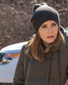 Sophia-Bush-Chicago-PD-4x17-Remember-The-Devil_004.png