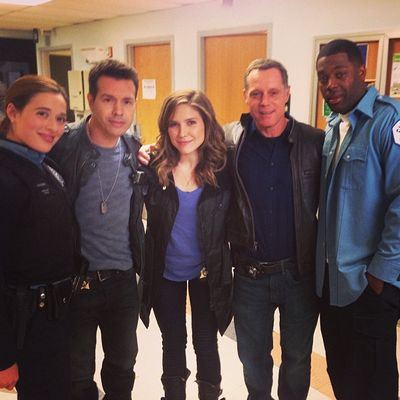 Sophia bush dating chicago pd cast