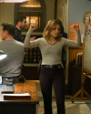 Sophia-Bush-Tournage-Chicago-PD-2x20-The-Number-Of-Rats_002.png