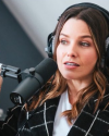 Sophia-Bush-on-Armchair-Expert-with-Dax-Shepard_09.png