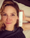 03-Aout-2015-Sophia-Bush-I-Smell-Great.png