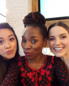 10-Avril-2016-Sophia-Bush-Gina-Rodriguez-and-Luvvie-Ajayi.png