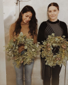 10-Decembre-2016-Sophia-Bush-Chicago-Flowers-for-Dreams_002.png