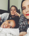 14-Decembre-2016-Sophia-Bush-and-friends.png