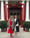16-Decembre-2016-Sophia-Bush-and-Lauren-Paul-at-the-White-House-Christmas-Party.png