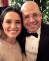 16-Decembre-2016-Sophia-Bush-at-the-White-House_001.png
