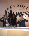 05-Octobre-2017-Sophia-Bush-at-Detroit-Blows_005.png