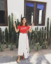 07-Juillet-2017-Sophia-Bush-in-Mexico_002.png