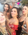 09-Aout-2017-Sophia-Bush-in-Italy_002.png