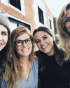09-Novembre-2017-Sophia-Bush-and-friends.png