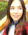 26-Aout-2017-Sophia-Bush-in-Alaska.png