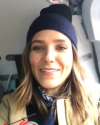 26-Aout-2017-Sophia-Bush-in-Alaska_008.png