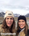 26-Aout-2017-Sophia-Bush-in-Alaska_012.png