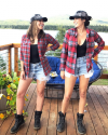 29-Aout-2017-Sophia-Bush-in-Alaska_006.png