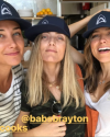 31-Aout-2017-Sophia-Bush-and-friends.png
