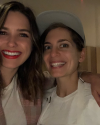01-Mai-2018-Sophia-Bush-and-Chef-Sara-Kramer.png
