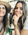 02-Aout-2018-Sophia-Bush-and-Ruthie-Lindsey.png
