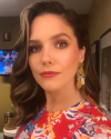 07-Aout-2018-Sophia-Bush-on-Live-with-Kelly-and-Ryan_002.png