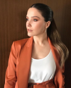 07-Juin-2018-Sophia-Bush-Press-Day_001.png