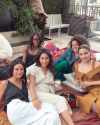 08-Juin-2018-Sophia-Bush-with-friends_003.png
