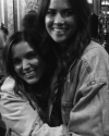 19-Mars-2018-Sophia-Bush-Happy-Birthday-Vanessa-Magos_001.png
